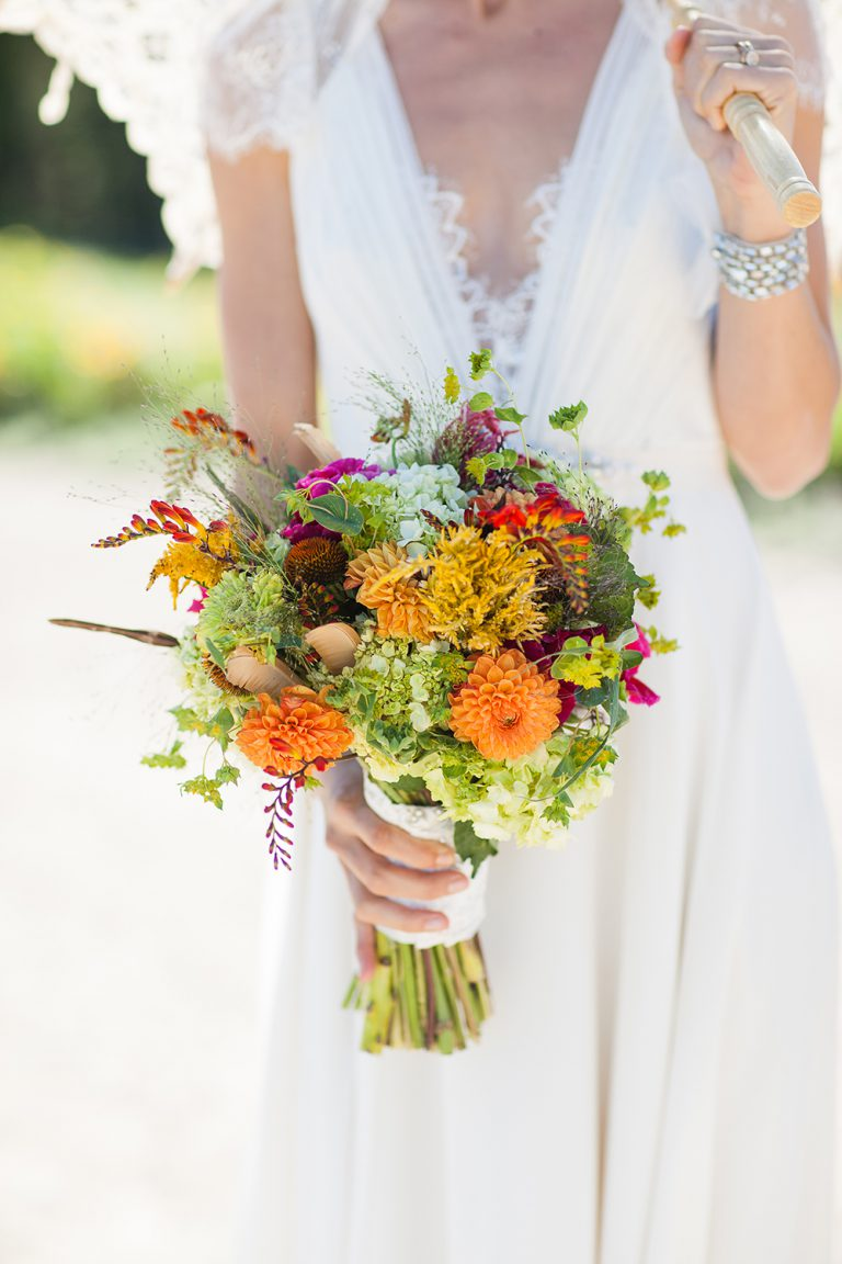 artinbloomfloral-squaw-valley-colorful-mountain-wedding-12