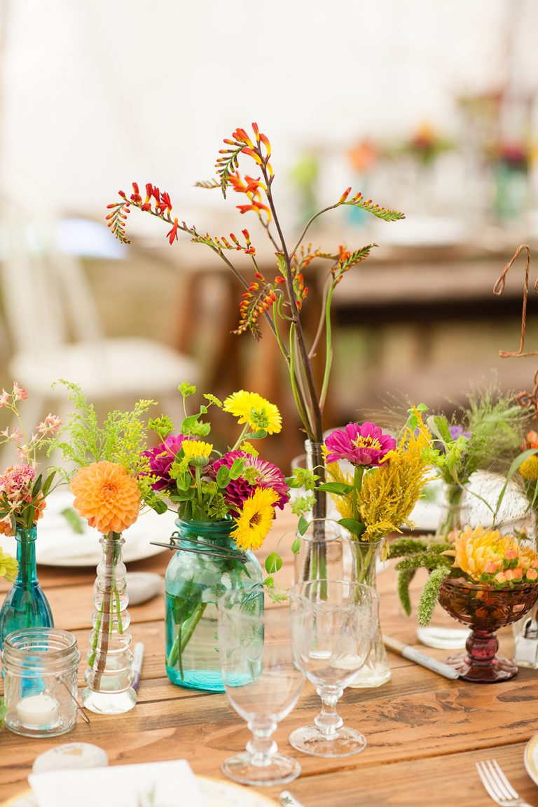artinbloomfloral-squaw-valley-colorful-mountain-wedding-20