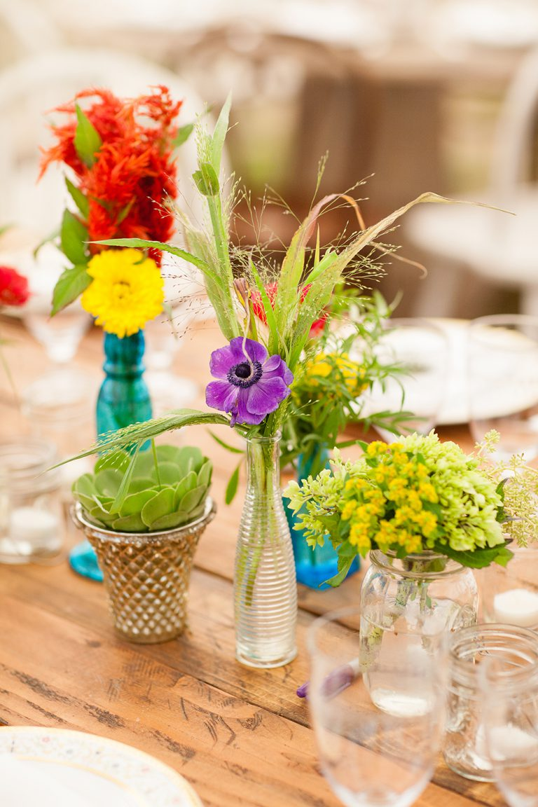 artinbloomfloral-squaw-valley-colorful-mountain-wedding-24