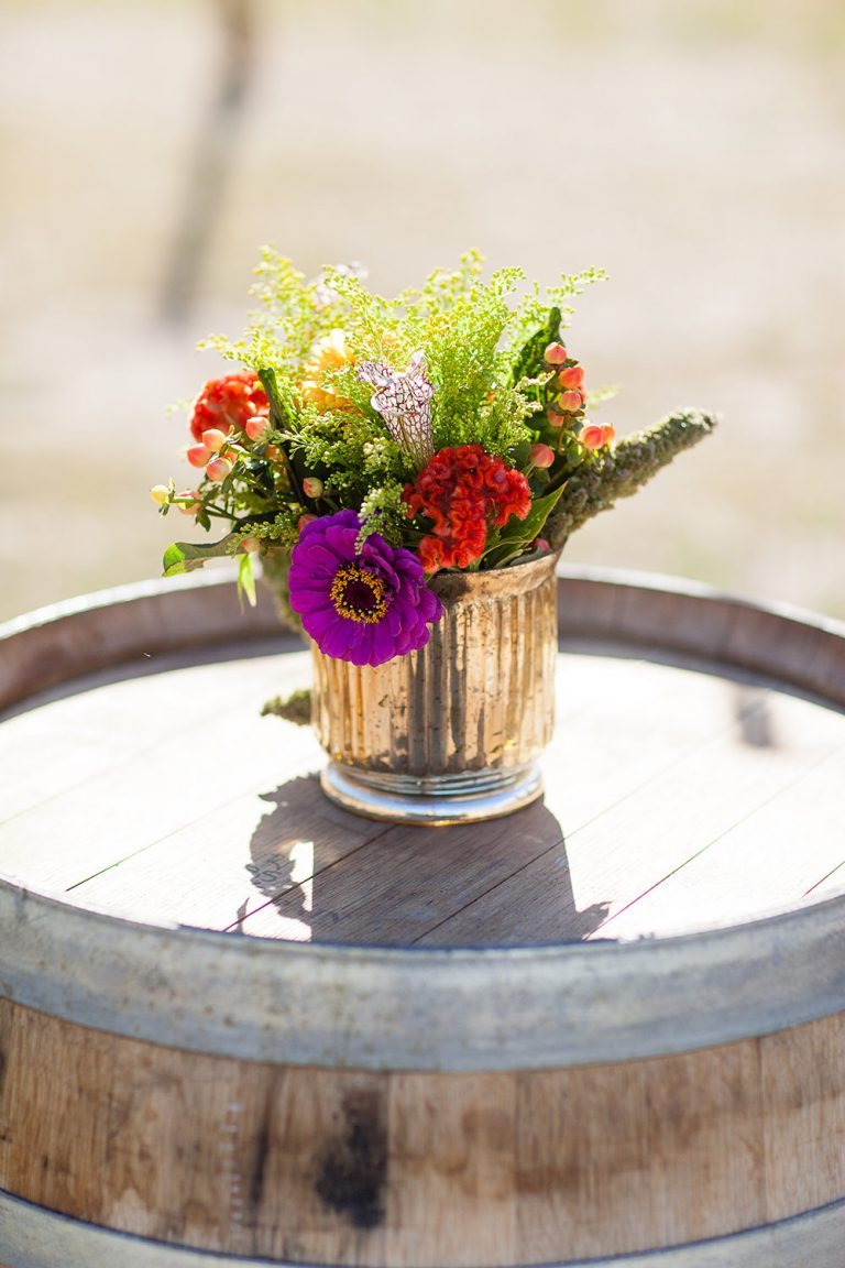 artinbloomfloral-squaw-valley-colorful-mountain-wedding-27